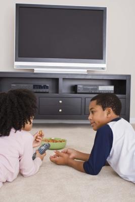 Comment connecter un Toshiba Satellite L305D à une télévision à écran LCD