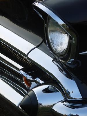Comment faire vos propres autocollants pour voiture dans un programme