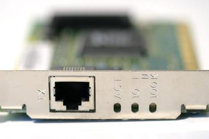 Comment insérer une carte sans fil dans un PC