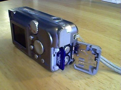 Comment transférer des photos depuis l'appareil photo numérique à l'ordinateur sans câbles Pesky